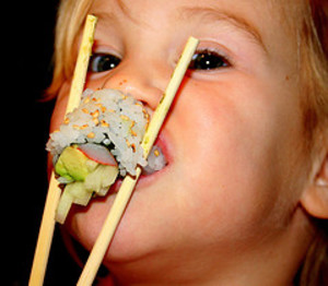 kid_eating_sushi